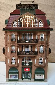 VOLLMER HO très joli bâtiment habitation café art déco immeuble train maison