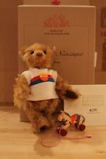 """Steiff 671173 """"Teddybär mit Nachziehpferd"""""""
