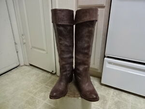 """18"""" KNEE HIGH FRYE BOOTS GREAT CONDITION NOT MUCH USED WON 7 B MORTORCYCLE"""