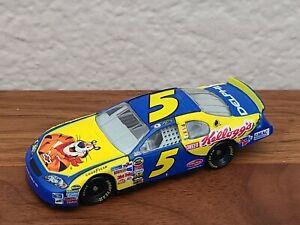 2006 #5 Kyle Busch Kellogg's 1/64 NASCAR Diecast Loose