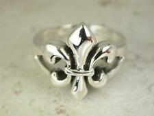 GOTHIC STERLING SILVER FLEUR DE LIS RING size 8  style# r0418