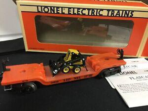 LIONEL O Gauge Railroad Flatcar With ERTL New Holland Loader #6-16958 New in Box