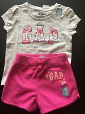 New Baby Gap 18 24 Months Girls 2 Piece Outfit Logo Shirt Shorts pink gray S/S