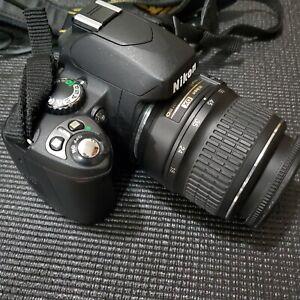 Nikon D D40 Digital SLR Camera - Blackwith accessories and bag