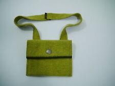 *übsche Damen Filztasche m. langem Träger u.Altsilberknöpfen grün  Trachtenstyle