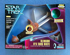 "STAR TREK KLINGON D'K TAHG KNIFE WITH SHEATH AND SOUNDS 8"" LONG PLAYMATES 1997"