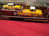 Maisto  1987 Chevrolet Caprice & 1957 Chevy Flatbed NIB 1/64 scale 2019 release
