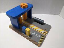 Thomas The Train Wooden Railway Train Car Wash w/ Sound Imaginarium Brio