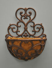 Decorative Cast Iron Garden Wall Flower Planter with Co-Co Liner
