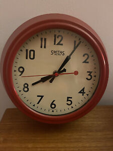 Smiths Electric Red Battery Operated Wall Clock In Good Condition
