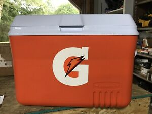Gatorade 48 Quart Orange and White Cooler