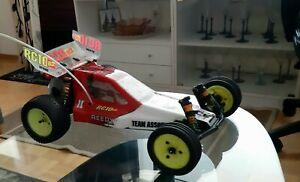 team associated RC10B2 good condition! Rare vintage rc car