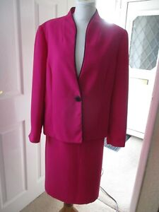 Nightingales Hot Pink Lined Skirt Suit Size 18 Excellent