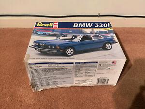 Revell BMW 320i Tuner Series Plastic Model Kit 1/25 - Unbuilt