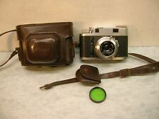 Jloca (Iloca) IIA Rangefinder Camera w/ Case and Green Filter