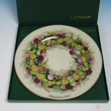 Lenox China - Colonial Christmas Wreath Collector Plate - 1985 - Connecticut