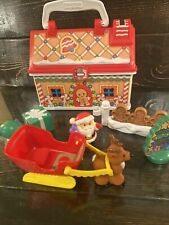 Fisher Price Little People On The Go Christmas Gingerbread House COMPLETE