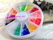 Leuchtende Markenlose Nail-Art-Strasssteine