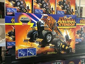 1984 sealed  Galoob ANIMAL 4x4 Monster Truck With Claws Xtendor nib vintage toy