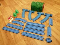 TOMY Trackmaster Thomas Blue Track Bundle tunnel trees signs curves straights