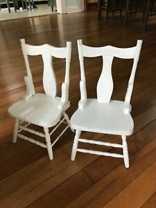 2/ A Set of Vintage Painted White Classic Wood Doll Chairs American Size 12.5