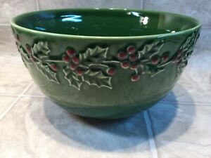 Sonoma Holly & Berries Large Christmas Serving Centerpiece Mixing Bowl