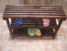 BANCO TABURETE con ESTANTES, color nogal, 80 cms. macizo