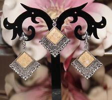 Unikat! Set Anhänger und Ohrringe mit Chrysanthemenkoralle - Cabochons NEU!