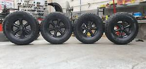 "4X17"" GENUINE NISSAN NAVARA D40 BLACK WHEELS WITH DELMAX M/T TYRES"
