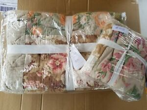 Pottery Barn Carolina Patchwork Floral Reversible Quilt Queen w/ 1 Sham  #4080
