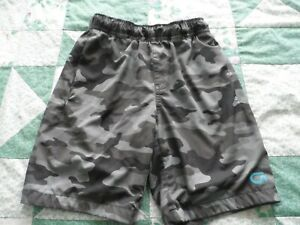 NEW Boy's size Small 6-7 Gray & Black Camo Swim Suit Trunks by Gap Fit