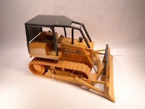Vintage ERTL Diecast 1987 Case Corp Long Track Dozer Bulldozer