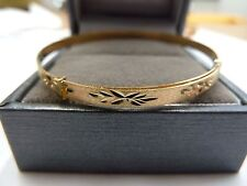 9ct Gold Expanding Matt Finish Patterned Baby Bangle 2.2 grams * Gift Boxed*