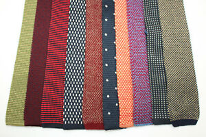 LOT OF 10 POLKA DOT TRUNK KNITTED  ties. F14500