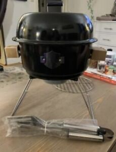 NEW Harley Davidson Portable Tailgate Camp Charcoal BBQ Grill With Bag & Tools