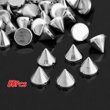 50 Stk. Harz Spitz Killer Nieten Schmucknieten Spikes Silber Fa. Naehbar 12 W3Q4