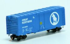Micro-Trains Line N Scale 40' Plug Door Boxcar - Great Northern  GN