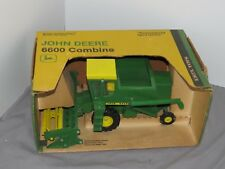 vintage John Deere 6600 Combine Green Yellow Open Box 1:24 Mint Toy