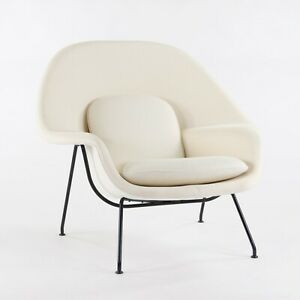 2020 Eero Saarinen for Knoll Studio Womb Chair in White / Ivory Boucle Fabric