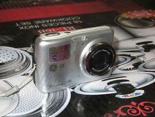Cámara digital GE Z1300 - Plata (10.1MP, Zoom óptico 3x, LCD de 2,4 pulgadas)