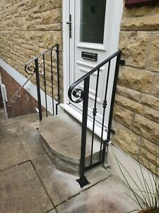 wrought iron handrail very decorative,please read description before buying.