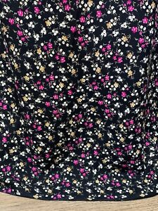 """3 Meter Black Multicolour Small Ditsy Floral 100% Viscose Dress Fabric 57"""" Wide"""