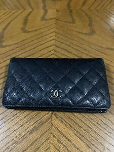CHANEL Black Caviar Quilted Medium Gusset Flap Wallet Purse