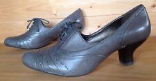 Clarks Women's Shoes UK 6.5 ( EU 40) Leather Grey Colour