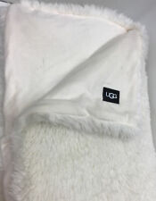Ugg® Aussie Textured Faux Fur Reversible Throw Blanket in Snow 50�x 70�