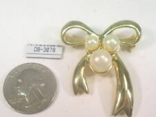 New Listing Vintage Designer Signed Dolphin Ore Bow Pin Brooch Faux Pearl #3078