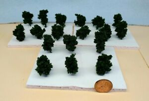 Z SCALE - HAND CRAFTED TREEZ - Dark Green - Correct Sized for Z Scale - 18 Pack