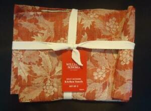 Williams Sonoma Holly Jacquard Towels - Set of 2 - New with Tags