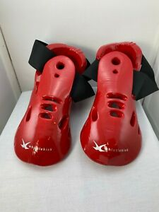 New Whistlekick Sparring Footgear for Martial Arts  Child Youth Red Sz. L