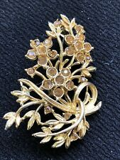 Vintage gold tone floral bouquet brooch (B.11)